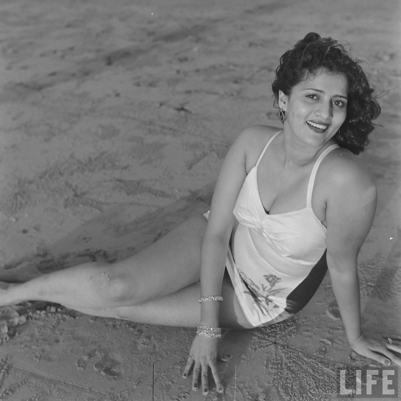 Hindi Movie Actress Mohana Cabral Photoshoot By James -8763