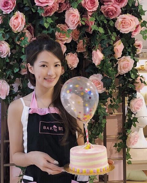 Food&Babe: DIY cake make by Asian pretty babe [4pics]
