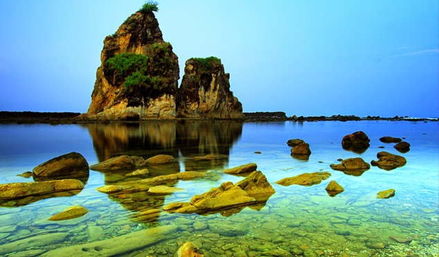 Pesona dari Pantai Sawarna Yang Masih Terjaga