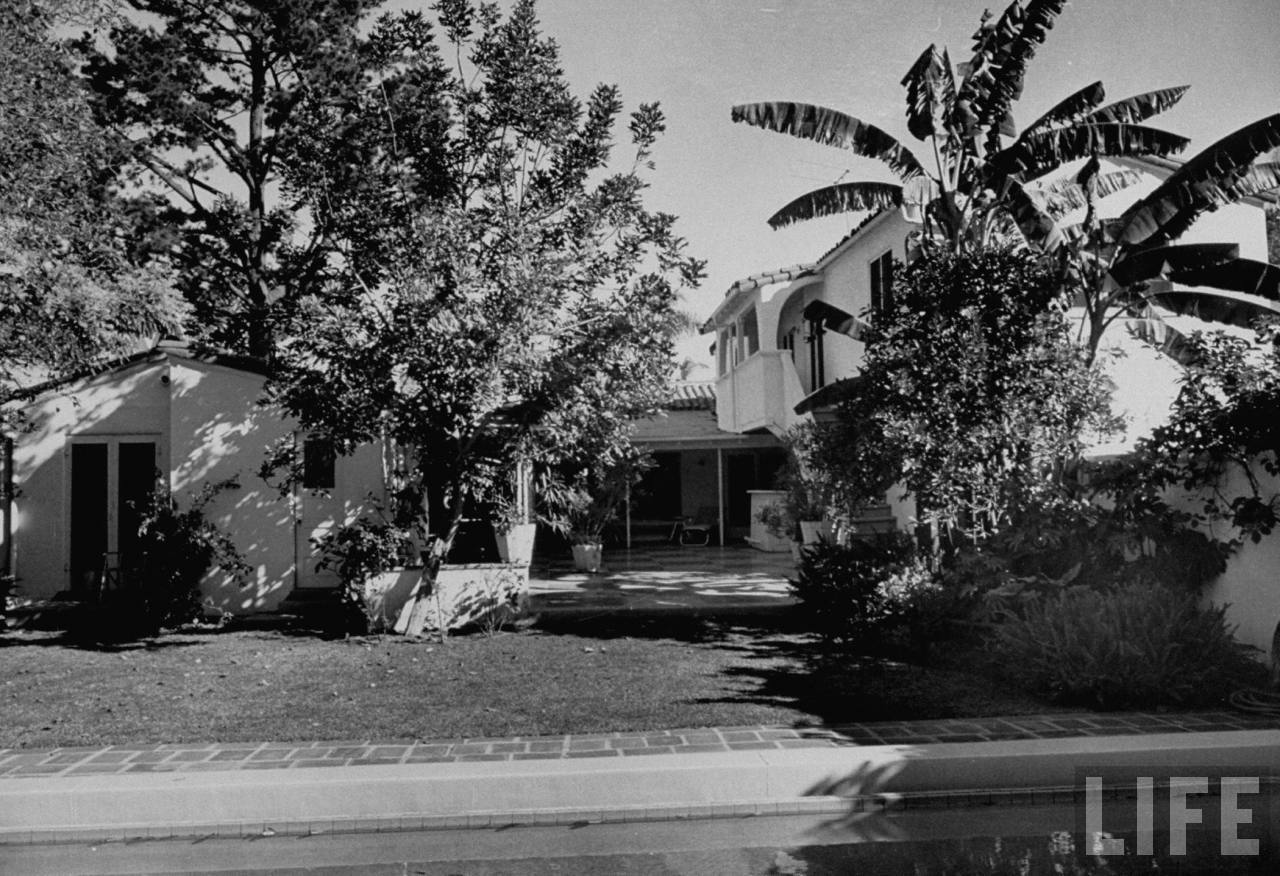 Time Machine to the Twenties Homes of the Stars Part 1