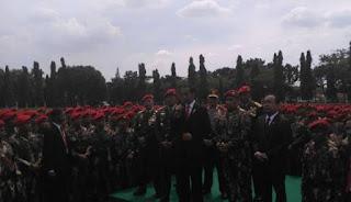Waw Setelah Kopassus, Presiden Kunjungi Markas Marinir dan Brimob - Commando
