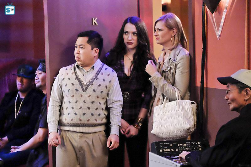 2 Broke Girls - Episode 5.22 - And the Big Gamble (Season Finale) - Sneak Peeks & Promotional Photos