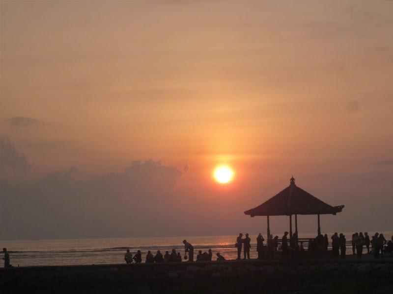 Wisata Pantai Matahari Terbit Sanur Bali