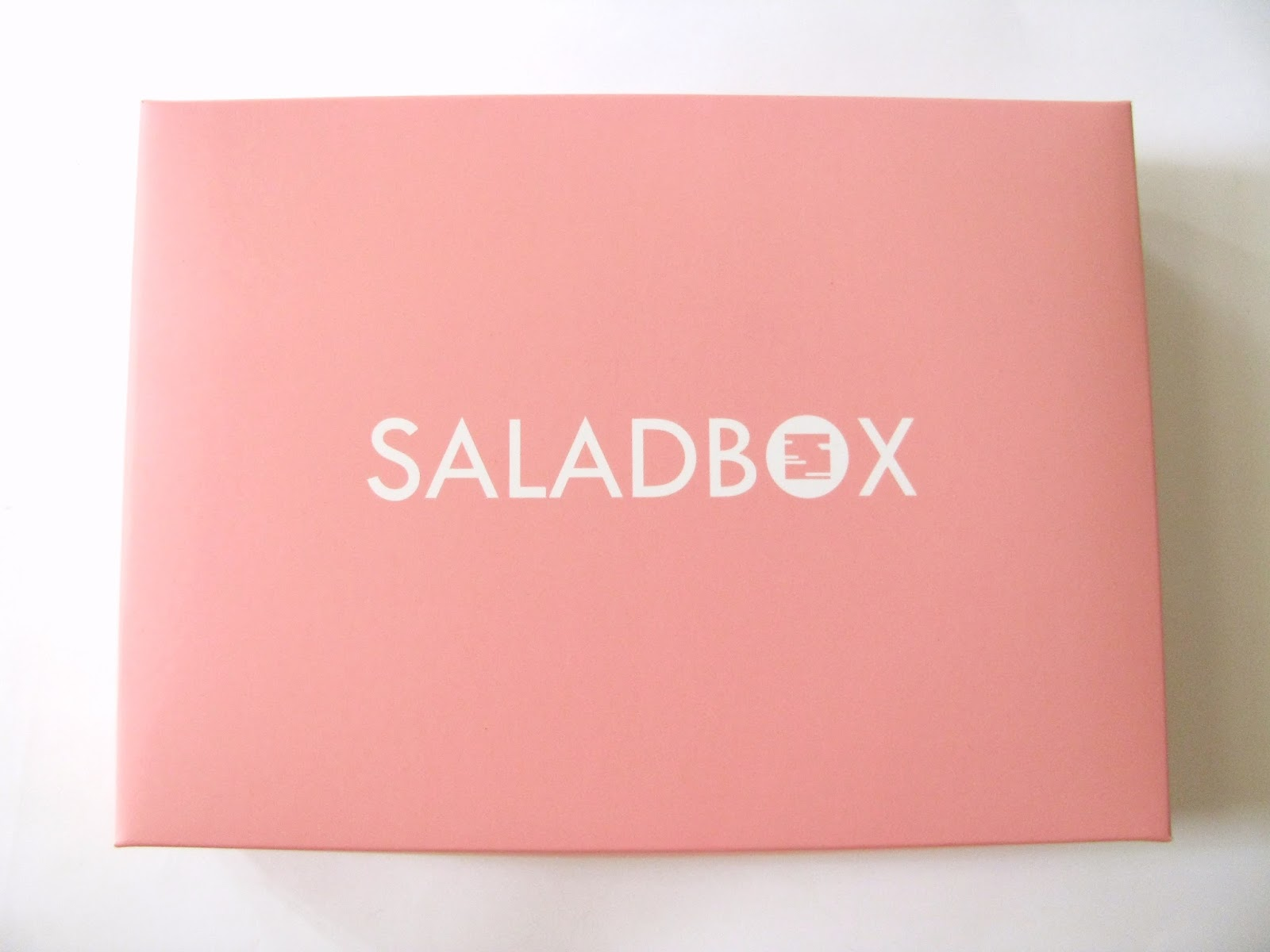 http://www.lightsandlatte.com/2016/04/saladbox-ph-x-benefit-cosmetics-march.html