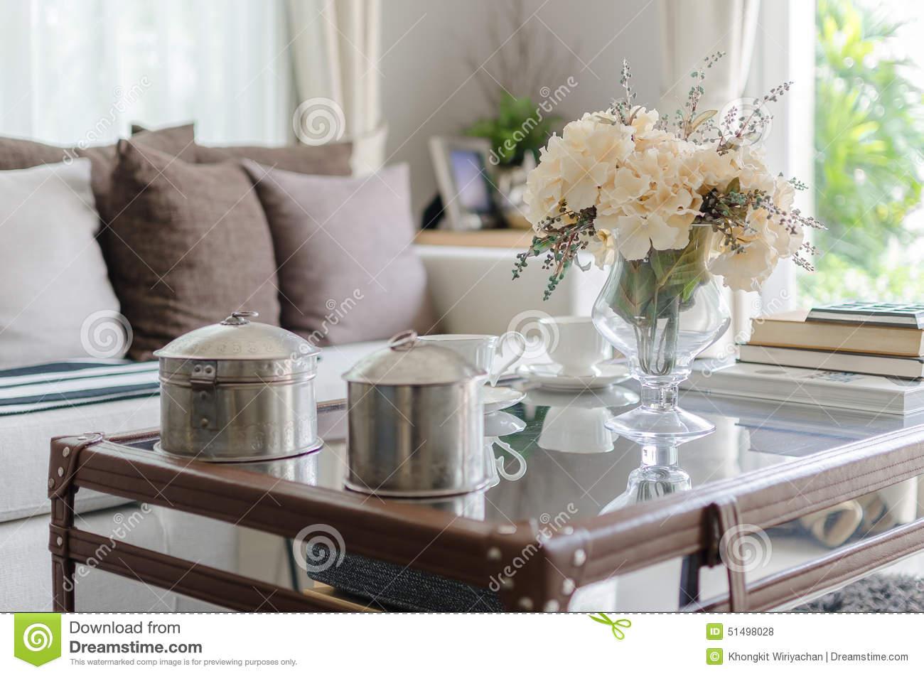 50 Hiasan Bunga Di Ruangan Tamu Minimalis Dan Klasik Pekanbaru Interior