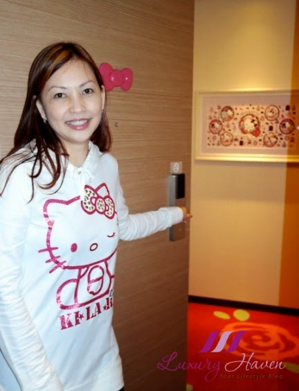 luxury haven reviews keio plaza hello kitty rooms