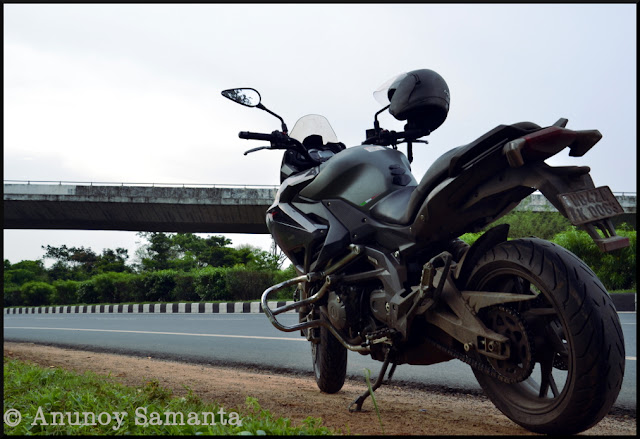 Monsoon Ride to Jhargram - met the gentleman Motorcycling from Kashmir to Kanyakumari