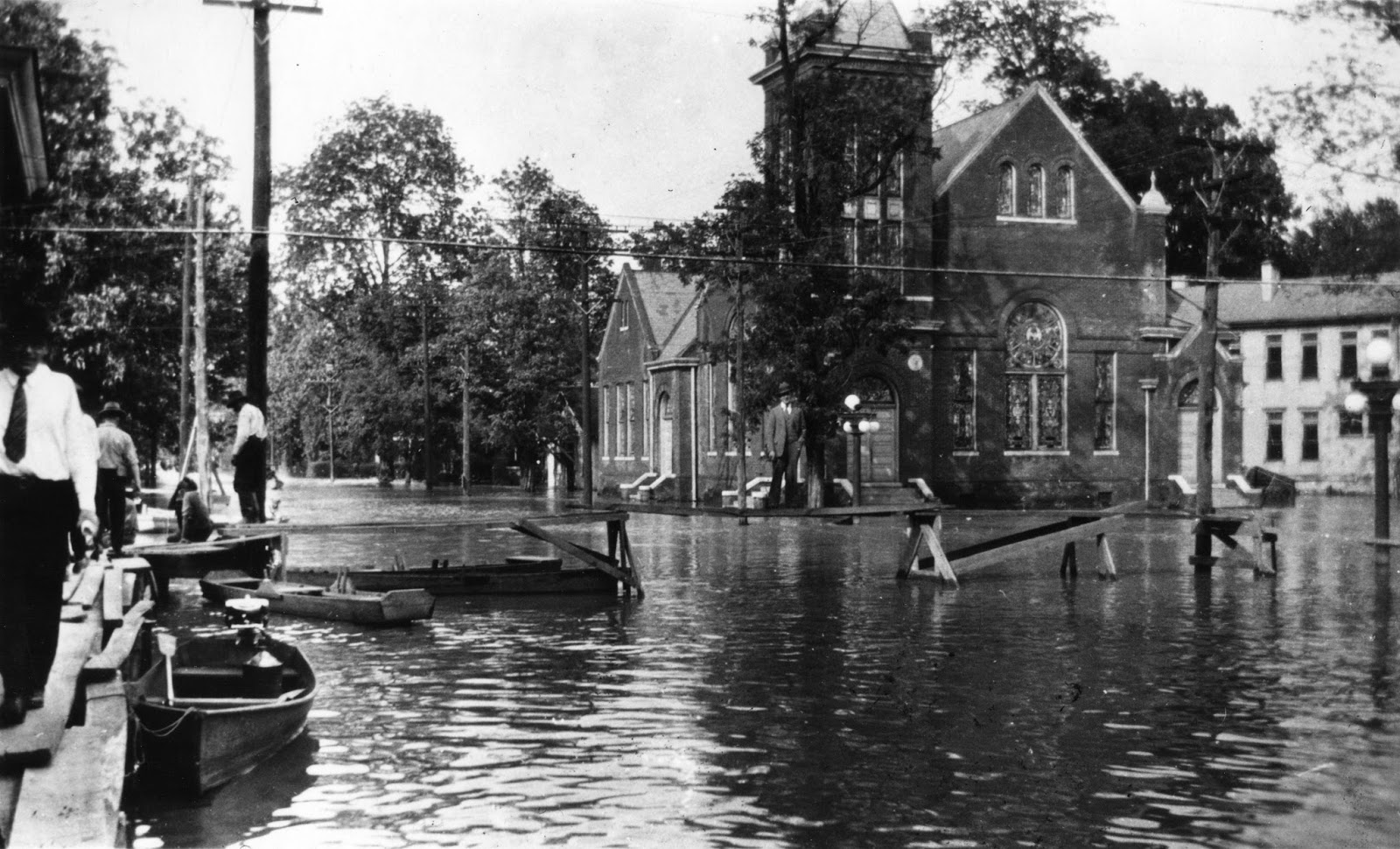 1927 mississippi flood essay