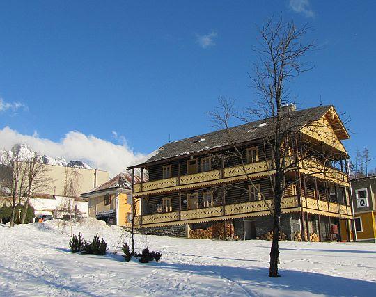 Szwajcarski Dom zbudowany przez Jana Rainera w 1850 roku.