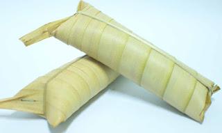 Cara Membuat Lepet Ketan Isi Kacang