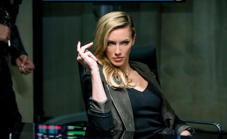 Arrow - Episode 6.10 - Divided - Promos, Promotional Photos + Press Release