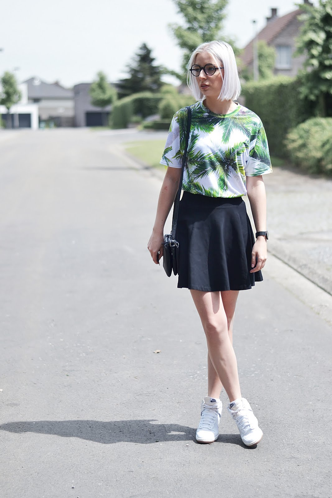 Palm trees, mr gugu & miss go, all over t-shirt, skater skirt, nike dunk sky hi, liu jo trio bag, belgian fashion blogger, belgische mode blogger