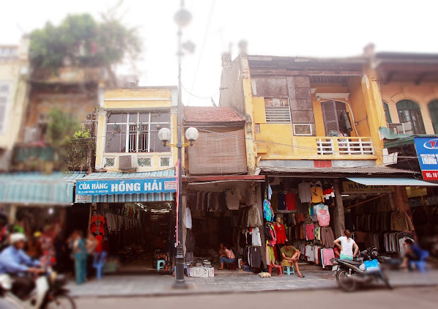 Beauty of ancient houses in Hanoi's Old Quarter 2