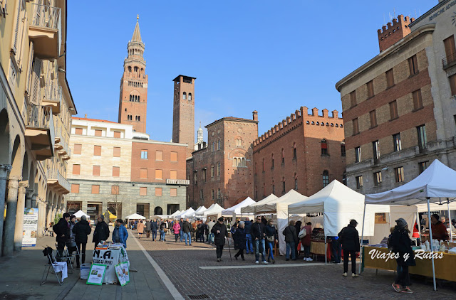 Plaza Stradivari, Cremona