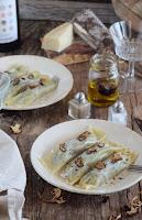 Canelones de setas con crema de parmesano y trufa