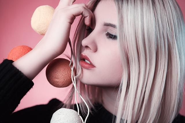Beauty Tips - घरेलु नुख्से से कैसे बनाये अपने बाल खूबसूरत