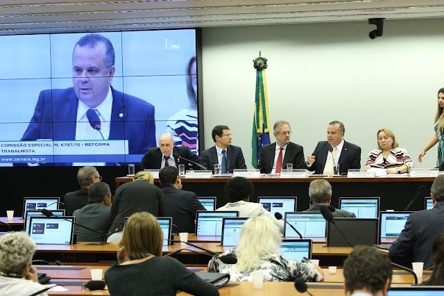 Comissão de modernização das leis trabalhistas conclui audiências; relatório será apresentado dia 12