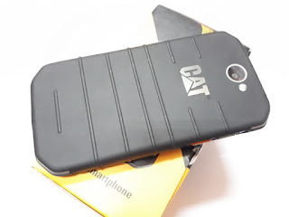 Hape Outdoor Caterpillar S31 Seken Like New Fullset 4G LTE RAM 2GB IP68 Certified