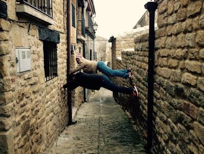 Emilito and I climbing the city walls