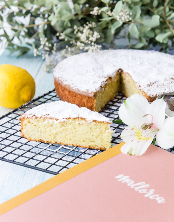 Mein Urlaubsmitbringsel: Rezept für einen mallorquinischen Mandelkuchen by titatoni.de