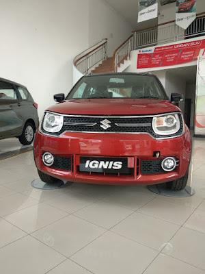 Suzuki Ignis Warna Merah sedang ada promo pembelian mobilnya kunjugi Dealer Suzuki Ciawi Bogor - Duta Cendana Adimandiri