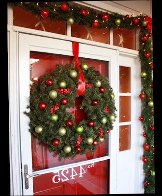 Photo of Home Restyle Red Ideas For Front Door Christmas Decorations With Green Color Leaf