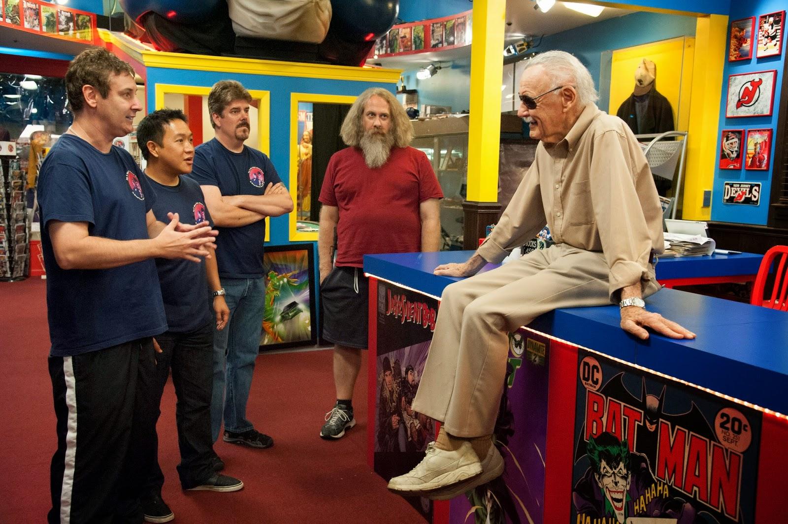 """AMC estrena """"Comic Book Men"""" un programa para fanáticos de las historietas"""