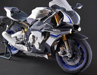 Yamaha R1M dari Kertas
