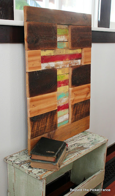 barnwood, rustic cross, lathe, painted wood, reclaimed wood, salvaged wood,http://bec4-beyondthepicketfence.blogspot.com/2016/02/barnwood-lathe-cross-sign.html