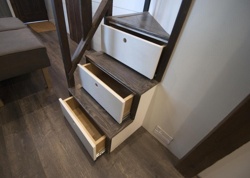 07-Stairs-and-Drawers-to-Master-Bedroom-Adam-Lehman-Architecture-with-Tiffany-the-Tiny-Home-on-Wheels-www-designstack-co