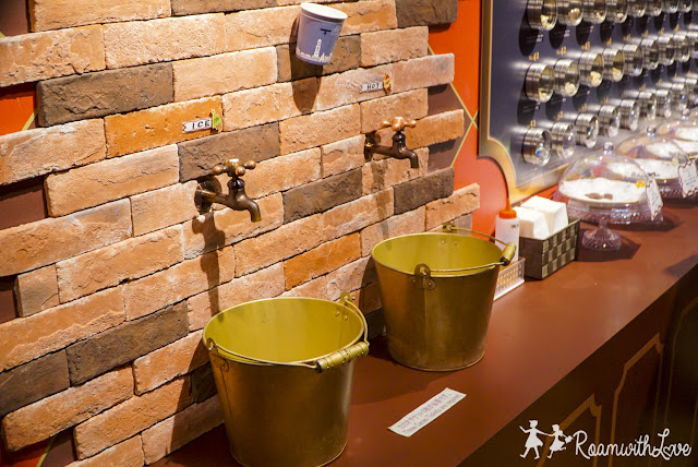 review, Honeymoon, Japan, kyushu, fukuoka, รีวิว, เตรียมตัว, เที่ยว, ญี่ปุ่น, คิวชู, ใบไม้เปลี่ยนสี, สวีท, Huis ten bosch, ฮูส เทน บอช, ชอคโกแลต, Chocolate museum
