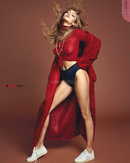 Gigi-Hadid-by-Henrique-Gendre-for-Vogue-Korea-Spetember-2017+%7E+SexyCelebs.in+Exclusive.jpg