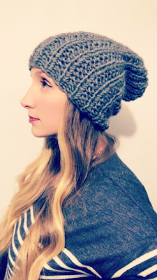 STATEMENT KNIT HAT - DARK GREY
