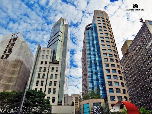 Vista ampla da Torre João Salem e do Edifício Banco Citibank - Bela Vista - São Paulo