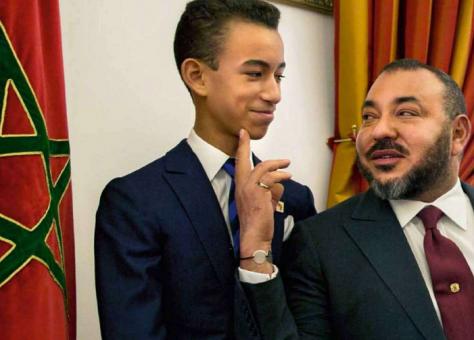 سيرا على الأعراف.. ولي العهد مولاي الحسن يستعد لإجراء امتحانات الباكالوريا خارج القصر