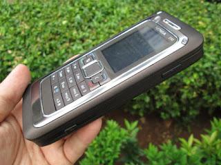 Nokia E90 Communicator Seken Mulus Seperti Baru