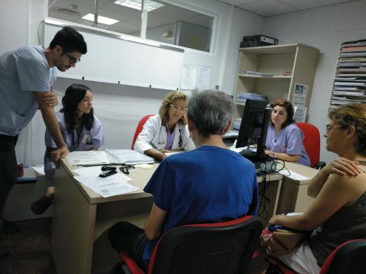 El Hospital Vega Baja atiende a más de 100 pacientes y familiares a través del programa para detectar el Síndrome Post-cuidados Intensivos
