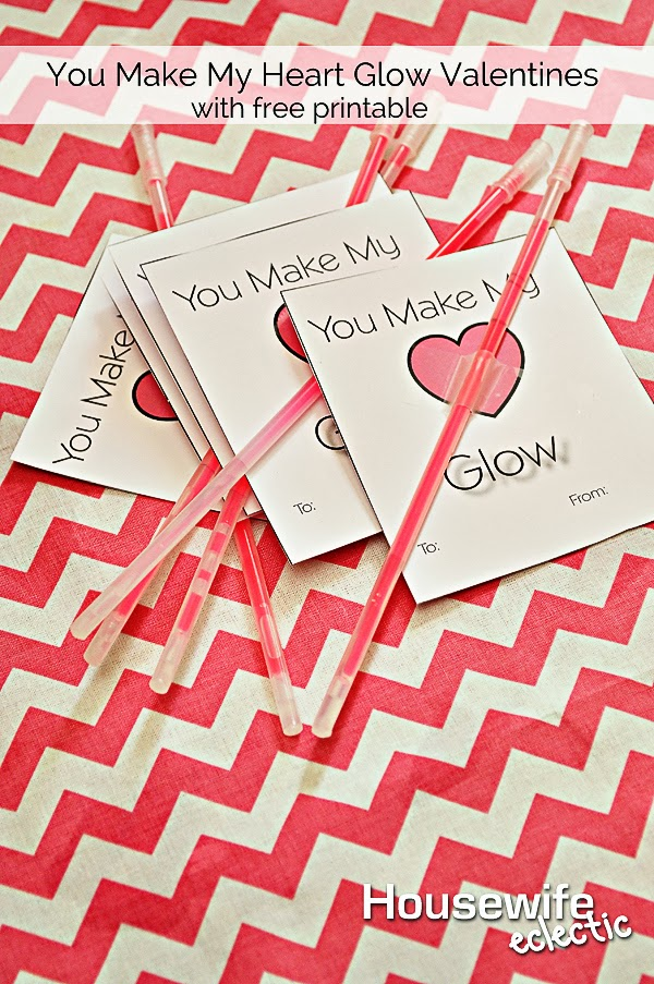 Housewife Eclectic: You Make My Heart Glow, Glowstick Valentines with Free Printable