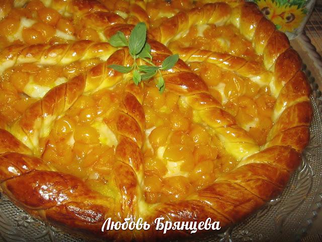 приготовление фруктового пирога