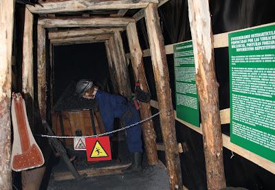 Exposición Danger: Peligro en la Mina II. Enfermedades Mineras