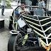 एक उन्नीस साल के लड़के ने कबाड़ और जुगाड़ से बना ली है अपने लिए शानदार कार boy-made-car-out-of-scratch