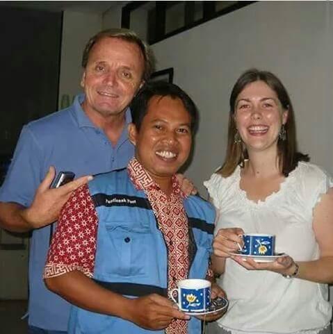 KANGGURU : Bersama Kevin Dalton Dan Rachel di markas KangGuru Indonesia di IALF Denpasar Bali tahun 2011 yang lalu. Foto Istimewa