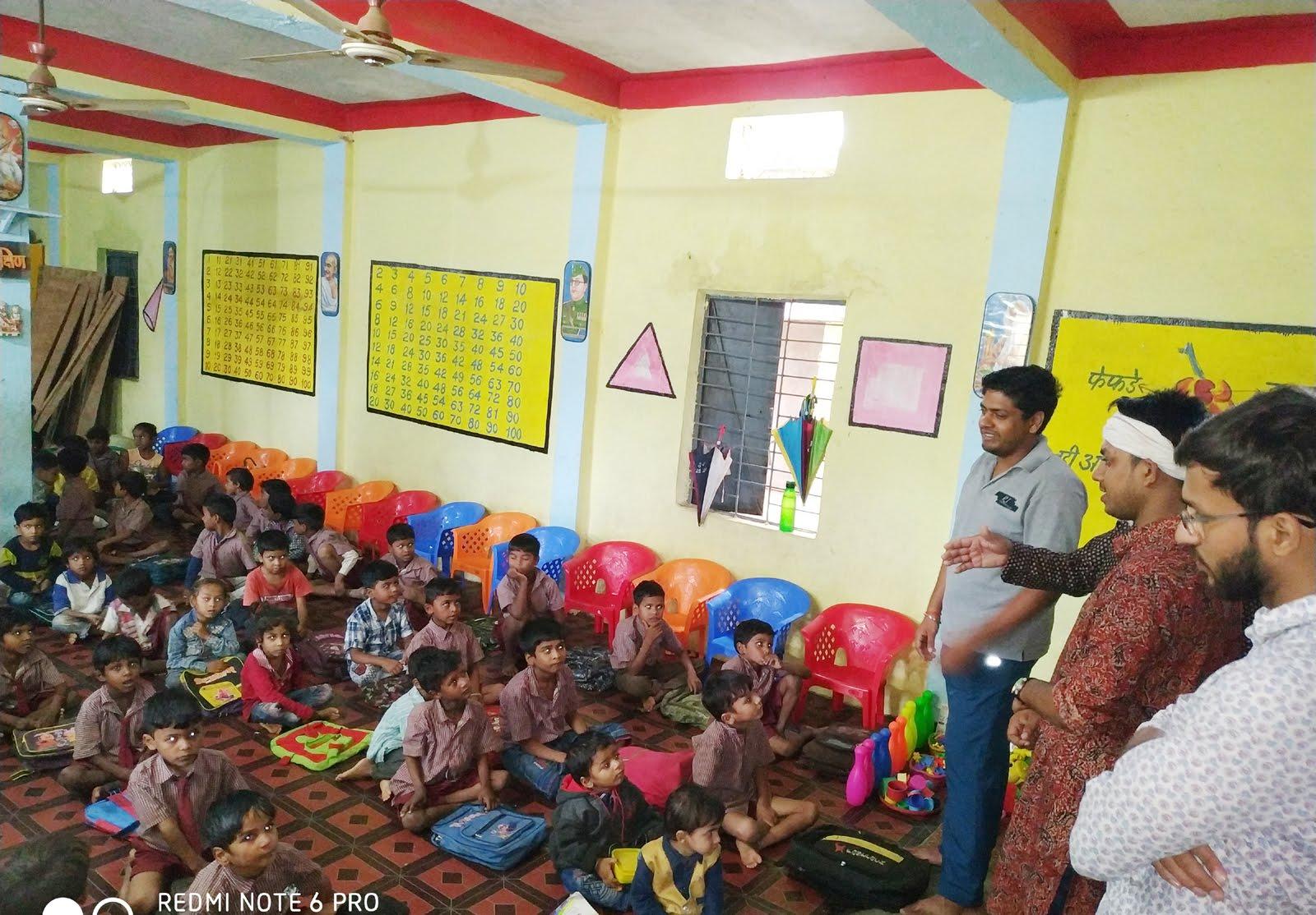 jhabua news- लाल बहादुर शास्त्री इंस्टीट्यूट मेनेजमेंट दिल्ली से छात्र-छात्राएं शिवगंगा के माध्यम से पहुंचे झाबुआ