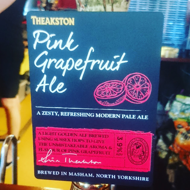 Yorkshire Craft Beer Review: Pink Grapefruit from Theakston real ale pump clip
