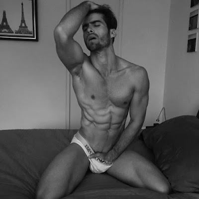 David Ortega desnudo