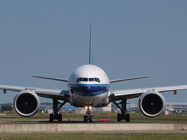 Baru Perasan Ada Lingkaran Putih Dalam Setiap Enjin Kapal Terbang