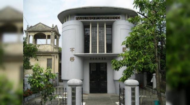 Rumah pemakaman yang unik