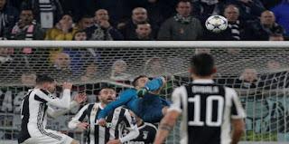 صفقة انتقال النجم البرتغالي كريستيانو رونالدو من ريال مدريد ليوفنتوس الإيطالي خلال ساعات