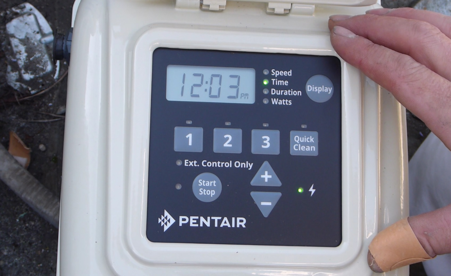 Swimming Pool Tips Reviews February 2017 Pentair Superflo Wiring Diagram I Think Most Consumers Will Be Using This Pump As A Stand Alone And The Video Cover Programming Of Control Panel Been Simplified