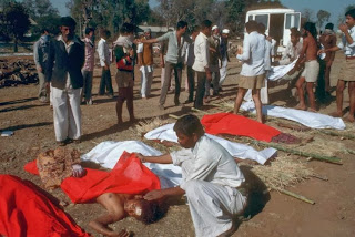Bhopal Gas Tragedy in 1984 Story and Pictures